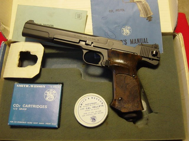 Smith&Wesson M 79G 1.JPG
